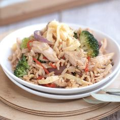 Chilli chicken fried rice 4/5. (Yum, poached chicken in coconut milk, stock and wine)