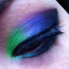 #Ilovecolors #eyeliner #Ecotools #eyelashes #eyemakeup #eyeshadow #eyeballoftheday #iamshortandgeeky #purple #Ifuckinglovepurple #green #aqua #pastelprincess #cateye #liquidliner #Shanycosmetics #Jessesgirlcosmetics #BHcosmetics #mermaid #mermaidprincess #tooglamtogiveadamn #HappyFriday