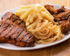 Tender Meat, Crispy Onions, Grills, Baked Potato, Diet Recipes, Food And Drink, Chips, Pork, Wings