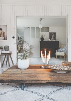 Home Decorating Websites Stores Home Decor Inspiration, Home Living Room, Scandinavian Home, Chic Decor, Home Decor, House Interior, Interiors Dream, Decorating Your Home, Chic Decor Diy