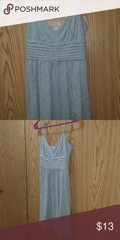 Cute Light Grey Dress Cute Dress Great condition Size Med Pins & Needles Dresses Midi