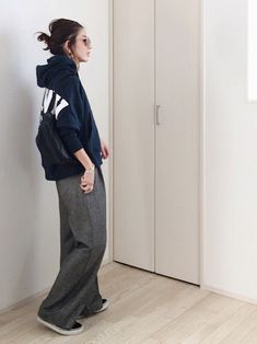 mayumiさんのコーディネート Semi Casual Outfit Women, Casual Outfits, Summer Outfits, Androgynous Fashion, Korean Fashion, Streetwear, Normcore, Clothes For Women, Stylish