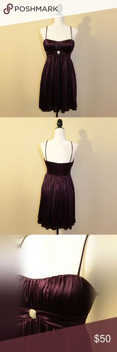 Dark Violet Party Dress Beautiful dark violet dress from Morgan & Co. Would be great for a wedding, prom, party, etc. In excellent condition. Gorgeous crystal accent under chest. Morgan & Co. Dresses