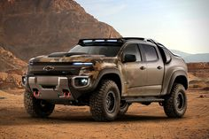 The Colorado ZH2 is built upon a stretched midsize pickup chassis giving it more than 6½ feet in height and a width of 7 feet. It rides atop 37-inch off-road tires and a modified suspension gives the vehicle amazing climbing power suitable for any terrain. The truck's operation is nearly silent, and it uses an Exportable Power Take-Off unit that keeps everything powered up even in remote locations where electricity may be hard to find.