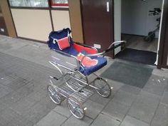 antieke kinderwagen kinderwandelwagen