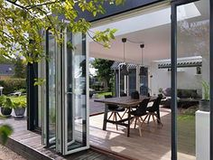 Check out this new compilation of ideas showcasing 16 Pretty & Bright Modern Sunroom Interiors For Any Season. Modern Conservatory, Outdoor Areas, Sunroom, Pavilion, Modern Interior, Outline, Facade, Pergola, Backyard
