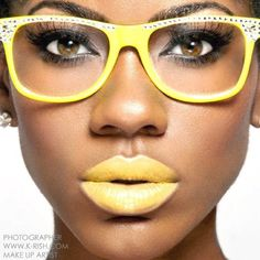 Yellow lipstick on dark skin Yellow Lipstick, Beauty Makeup, Eye Makeup, Hair Beauty, The Blues Brothers, Foto Fashion, Afro, Beautiful Lips, Dead Gorgeous