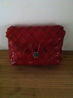Rød taske Lavet af kaffeposer - Britta Hjorth.