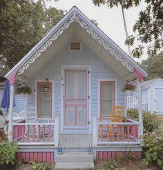 aww, cute pastel cabin!