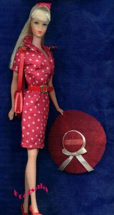 Japanese Edition Fashion & Hat #2609 from the collection of Gene Foote.