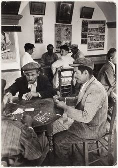 Chim (David Seymour) 1951 [Men playing cards, Epano Meria, Greece] Greece Pictures, Old Pictures, Old Photos, Vintage Photos, Greece Photography, Greek History, Santorini Island, Pub Signs, Cafe Style