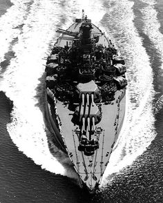 USS Tennessee (BB-43) underway on 12 May 1943.