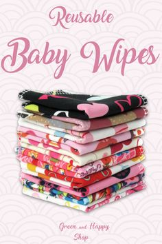 These reusable baby wipes are super cute! Great to be used in combination with cloth diapers. Next to baby bums, these washable cloth wipes can also be used for hands and faces. These wipes are great with a zero waste, sustainable lifestyle. Becoming Mom, Used Cloth Diapers, Natural Parenting, Parenting Ideas, All About Pregnancy, Disposable Diapers, Happy Mom, Family Outfits, Cloth Napkins