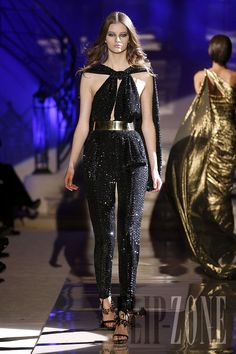 Zuhair Murad - Couture - Spring-summer 2011 - http://www.flip-zone.net/fashion/couture-1/fashion-houses/zuhair-murad-2119