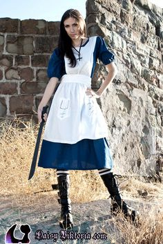 American McGee's Alice in Wonderland cosplay