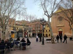"""""""Plaça de la Concòrdia"""" is one of these rare gems in Barcelona: an uncrowded spot with a rich history and a lot of charm. I go there to relax with friends. Barcelona, Cool Cafe, Great Coffee, The Neighbourhood, Street View, Sunset, City, People, Licence Plates"""