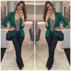 How to rock the casual chic look Casual Work Outfits, Blazer Outfits, Business Casual Outfits, Work Attire, Work Casual, Casual Looks, Cute Outfits, Blazer Dress, Dress Outfits