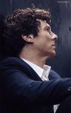 """Sherlock: """"We're experiencing science from the perspective of lab rats"""" .. <<< """"The Final Problem"""" (2/2) .."""