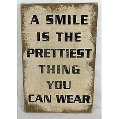 1linerz Canvasdoek Op Frame 26,5 x 42,5cm - Tekst 'A smile is the prettiest'