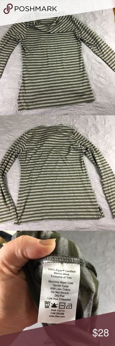 Striped Merino Wool Ibex Cowl Neck Long Sleeve Top If you've tried merino wool clothing you can't go back to anything else. Perfect for everyday, very lightly worn. No trades ibex Tops Tees - Long Sleeve