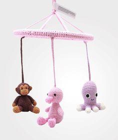 Uro med ape, blekksprut og and, farge:rosa. Kr.  369 hos Babyshop