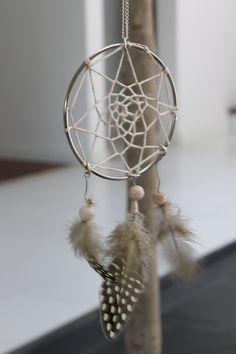 easy DIY: dream catcher necklace.