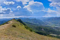 Gauche, Provence, Nature, Travel, Mountains, Viajes, Traveling, Nature Illustration, Off Grid
