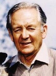 February 23, 1995 James Herriot [Alfred Wight], Scottish author (All Creatures Great & Small), dies at 78
