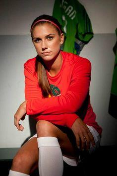 alex morgan - soccer