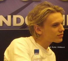 BTA. Why do all the cute boys have to be living in another country, 5 times older than me, dead, fictional...fictional and dead.  Gosh dang why are all British boys cute??? <3 #jamiemycampellbower
