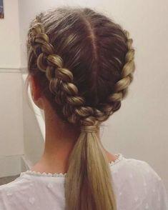 Womens Hairstyles Medium Easy Bun braided hairstyles #braidedhairstyles Cute Hairstyles For Teens, Easy Hairstyles For Long Hair, Teen Hairstyles, Braids For Long Hair, Hairstyle Ideas, Cute Sporty Hairstyles, Braided Hairstyles Medium Hair, Blonde Hairstyles, Braided Hairstyles For School