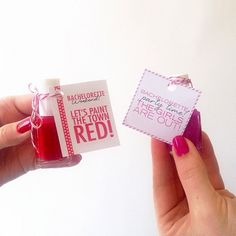 Aren't these the most perfect bachelorette party favors? Download them here!