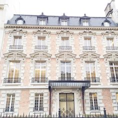 """""""Parisian houses.  #Paris#France#beautiful#vsco#pastel"""""""