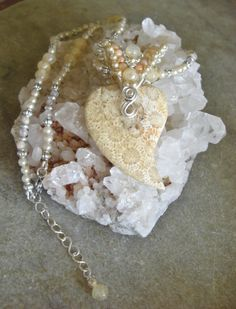 Nipomo coral fossil heart pendant with woven wire by 5DogsDesigns, $55.00