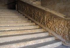 Para ilustrar peldaños ¿qué mejor imagen que los de la Escalera de Mi Universidad?