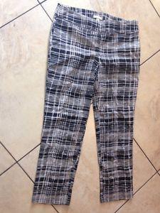 Ann Taylor Loft Black White Print Short Pants 6 Work or Casual   eBay