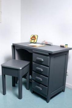 bureau de comptable et meuble de tri relooker la chambre ancienne. Black Bedroom Furniture Sets. Home Design Ideas