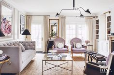Paris Home Style - Midwest Home Magazine Living Room Inspiration, Luxe Interiors, White Family Rooms, House Styles, Home And Living, Living Room Designs, Home Living Room, Interior, House Interior