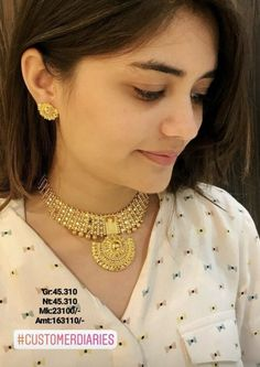 Wedding diy gold simple for 2019 Bridal Jewelry, Gold Jewelry, Gold Necklace, Handmade Jewellery, Diamond Jewelry, Antique Jewelry, Gold Bangles Design, Stylish Jewelry, Jewelry Patterns
