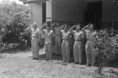 Slamet Riyadi di acara serah terima kota Solo, 12 November 1949