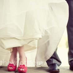 Coral bridal heels with hearts on the peep-toes // Photographer: The Schultzes // Shoes: Kate Spade