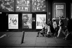 https://flic.kr/p/N1y4wQ | Enter Right | Glasgow. 01.10.2016 Leica M7; 50mm APO Summicron; Fuji Neopan 100; HC110