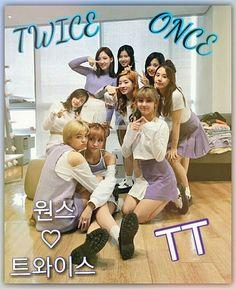 Um ano com Twice  Um ano que conheço essas lindas  Muito orgulho de ser ONCE!!!   06/11/15 dia que conheci Twice  . .Consegui postar só agora por causa do ENEM  T-T . #votenotwicepromama #twice #once #oncetwicebr #트와이스 #원스 #nayeon #chaeyoung #sana #mina #momo #dahyun #tzuyu #jihyo #jeongyeon #kpop #TT