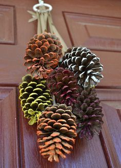 23 Easy DIY Thanksgiving Decorations Pinecone Door Decor for Thanksgiving Thanksgiving Door Decorations, Pine Cone Decorations, Thanksgiving Diy, Decorating For Thanksgiving, Fall Festival Decorations, Garden Decorations, Birthday Decorations, Seasonal Decor, Table Decorations