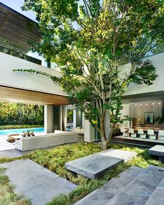 44 Modern Courtyard Design Ideas - Southwestern architecture and adobe homes are not complete without a courtyard feature. Popular with Arizona homeowners, as in history, the courtyard . Indoor Courtyard, Courtyard Landscaping, Modern Courtyard, Courtyard Design, Internal Courtyard, Courtyard House, Roof Design, Exterior Design, House Design