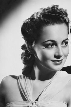 Old Hollywood Stars, Old Hollywood Glamour, Hollywood Actor, Golden Age Of Hollywood, Hollywood Actresses, Classic Hollywood, Classic Actresses, Female Actresses, Beautiful Actresses