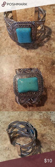 Cuff bracelet Beautiful cuff bracelet with torquoise looking stone. Jewelry Bracelets