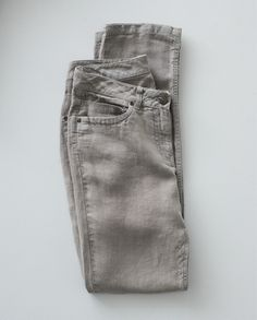 ef1c519273bd I love the idea of linen jeans. And these look great in every color.