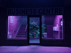 Image de purple, aesthetic, and neon Neon Purple, Magenta, Lilac, Purple Rain, Purple Roses, Vaporwave, Neon Noir, Purple Aesthetic, Aesthetic Dark