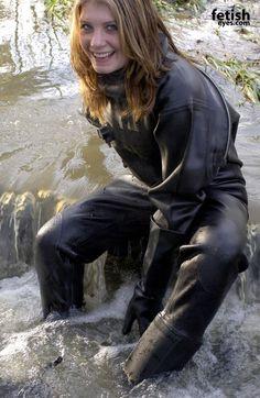 Rubber dry suit